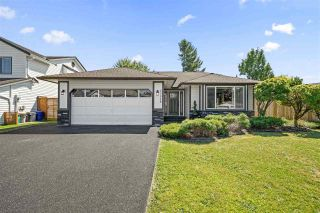 """Photo 1: 33518 KNIGHT Avenue in Mission: Mission BC House for sale in """"COLLEGE HEIGHTS"""" : MLS®# R2484128"""