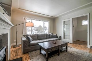 Photo 5: 2676 E 4TH Avenue in Vancouver: Renfrew VE House for sale (Vancouver East)  : MLS®# R2342252