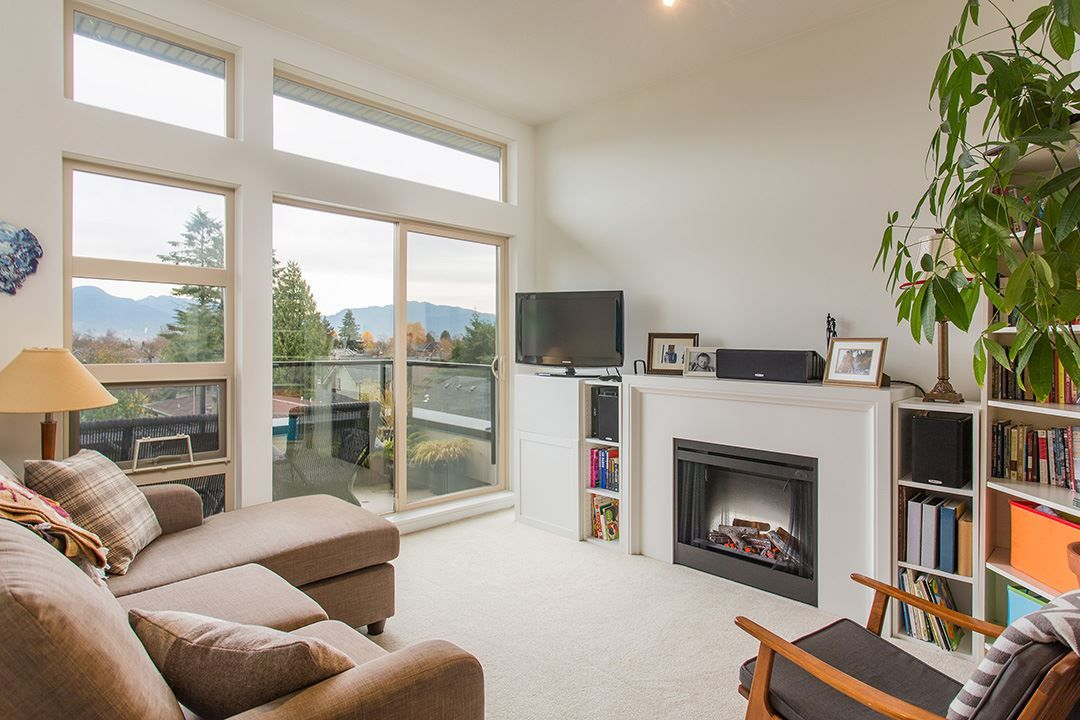 """Main Photo: 404 738 E 29TH Avenue in Vancouver: Fraser VE Condo for sale in """"CENTURY"""" (Vancouver East)  : MLS®# R2121779"""