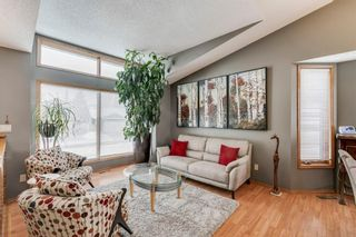 Photo 5: 127 Wood Valley Drive SW in Calgary: Woodbine Detached for sale : MLS®# A1062354