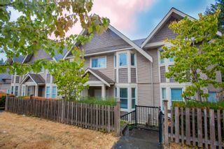Photo 1: 5 33321 GEORGE FERGUSON Way in Abbotsford: Central Abbotsford Townhouse for sale : MLS®# R2613696