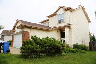 Photo 3: 12 Millview Common SW in Calgary: Millrise Detached for sale : MLS®# A1131353