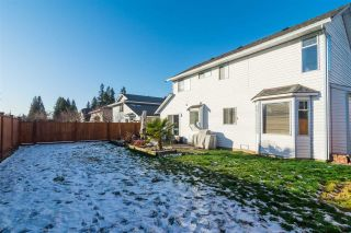 Photo 18: 20990 95A Avenue in Langley: Walnut Grove House for sale : MLS®# R2338448