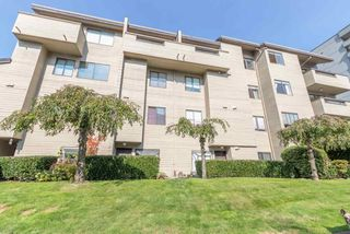 """Photo 4: 414 1363 CLYDE Avenue in West Vancouver: Ambleside Condo for sale in """"PLACE FOURTEEN"""" : MLS®# R2504300"""