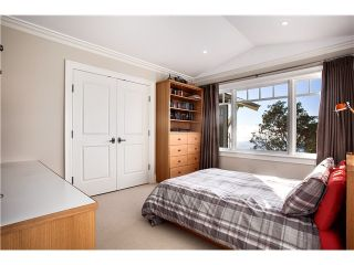 Photo 15: 5598 Gallagher Pl in West Vancouver: Eagle Harbour House for sale : MLS®# V1048086