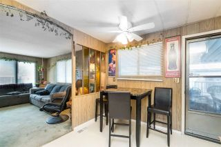 "Photo 5: 44 8220 KING GEORGE Boulevard in Surrey: Bear Creek Green Timbers Manufactured Home for sale in ""Crestway Bays"" : MLS®# R2444828"