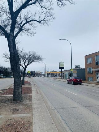 Photo 5: 885 Henderson Highway in Winnipeg: Industrial / Commercial / Investment for sale (3D)  : MLS®# 202106454