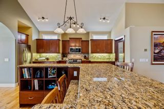 Photo 9: 218 Valley Crest Court NW in Calgary: Valley Ridge Detached for sale : MLS®# A1101565