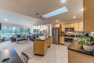 Photo 4: 3110 Swallow Cres in : PQ Nanoose House for sale (Parksville/Qualicum)  : MLS®# 861809