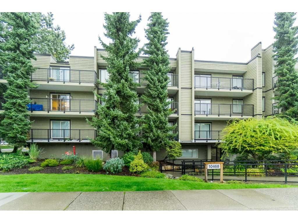"Main Photo: 312 10468 148 Street in Surrey: Guildford Condo for sale in ""GUILDFORD GREENE"" (North Surrey)  : MLS®# R2407866"