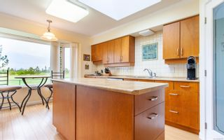 Photo 9: 611 Lowry's Rd in : PQ French Creek House for sale (Parksville/Qualicum)  : MLS®# 860767