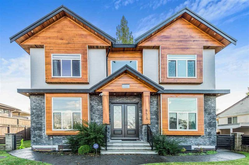 FEATURED LISTING: 8478 15TH Avenue Burnaby