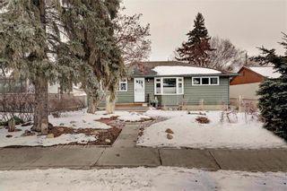 Photo 1: 6220 18 Street SE in Calgary: Ogden Detached for sale : MLS®# C4287265