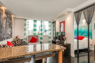 """Photo 4: 1204 1250 BURNABY Street in Vancouver: West End VW Condo for sale in """"THE HORIZON"""" (Vancouver West)  : MLS®# R2425959"""