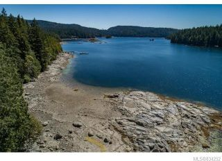 Photo 3: 684 Whaletown Rd in Cortes Island: Isl Cortes Island House for sale (Islands)  : MLS®# 834252