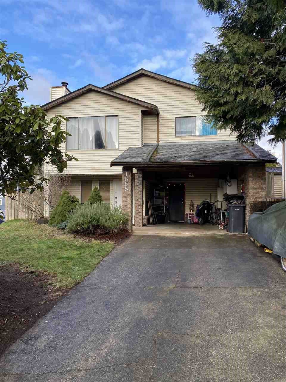 """Main Photo: 1865 HILLSIDE Avenue in Coquitlam: Cape Horn House for sale in """"CAPE HORN"""" : MLS®# R2532752"""