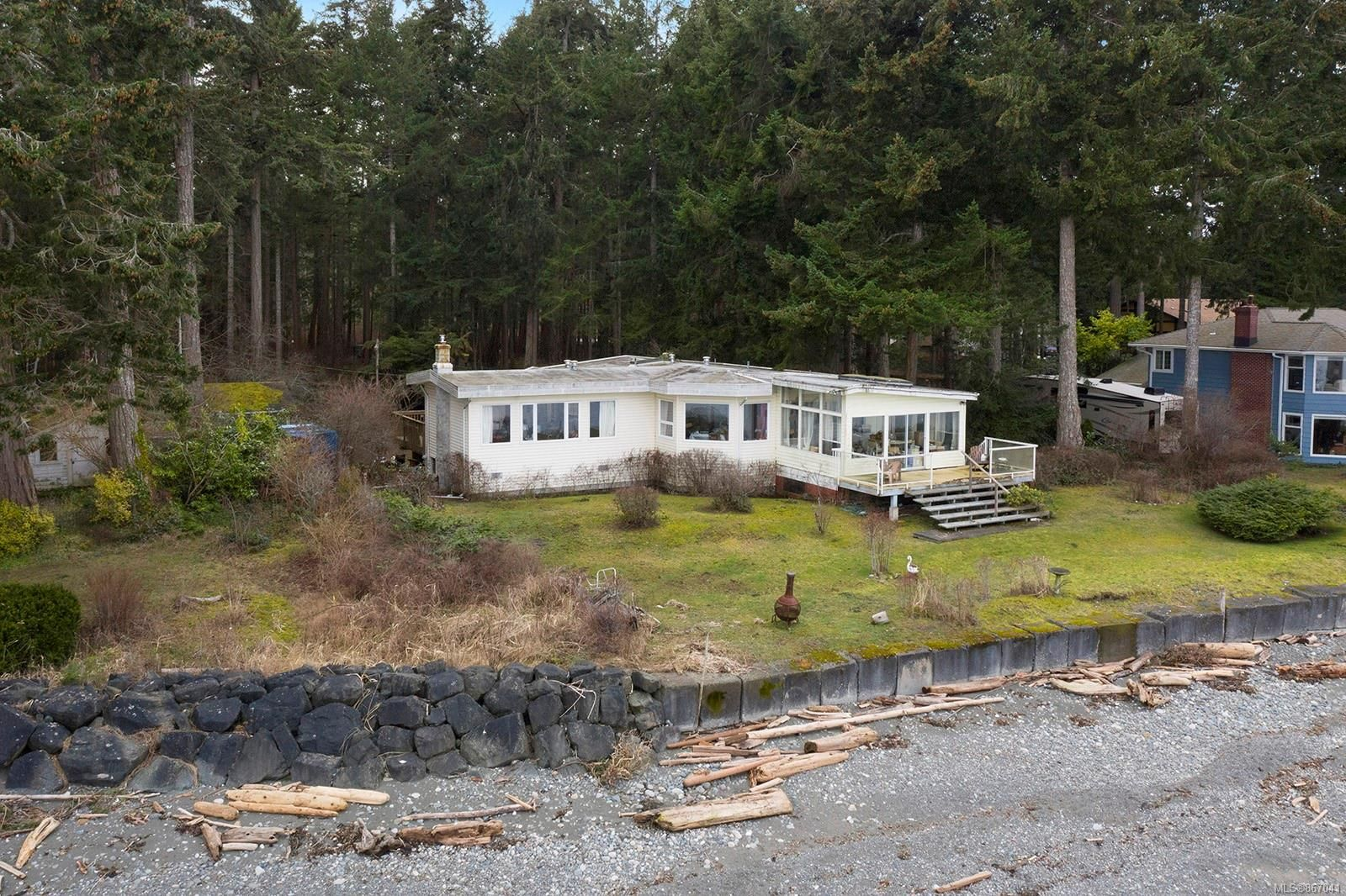 Main Photo: 2306 Oyster Garden Rd in : CR Campbell River South House for sale (Campbell River)  : MLS®# 867041