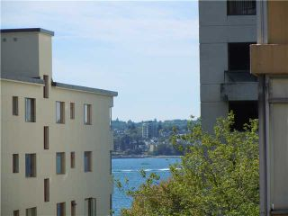 """Photo 7: 411 1975 PENDRELL Street in Vancouver: Downtown VW Condo for sale in """"PARKWOOD MANOR"""" (Vancouver West)  : MLS®# V848532"""