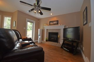 """Photo 10: 7562 SOUTHRIDGE Avenue in Prince George: St. Lawrence Heights House for sale in """"ST. LAWRENCE"""" (PG City South (Zone 74))  : MLS®# R2089949"""
