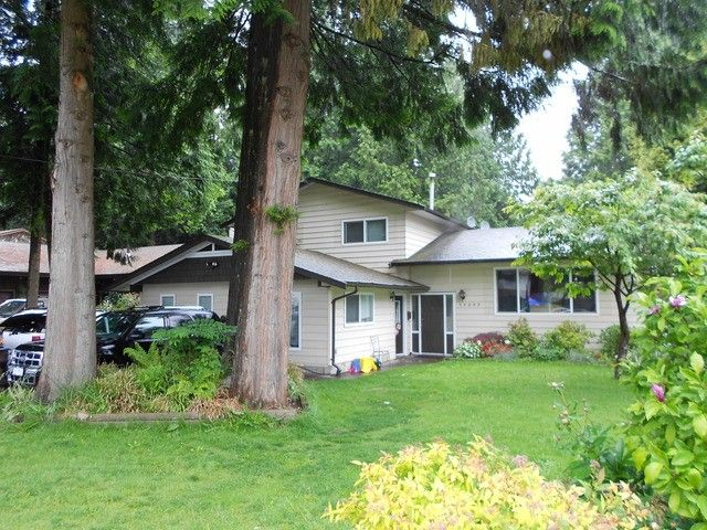 Main Photo: 15095 92 Avenue in Surrey: Fleetwood Tynehead House for sale : MLS®# F1412296