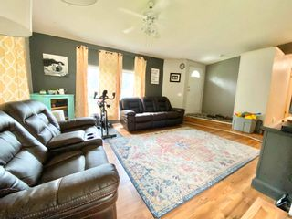 Photo 4: 4244 FORD Place in Williams Lake: Williams Lake - Rural North Manufactured Home for sale (Williams Lake (Zone 27))  : MLS®# R2603276