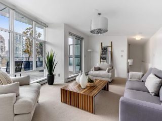 """Photo 29: 801 1383 MARINASIDE Crescent in Vancouver: Yaletown Condo for sale in """"COLUMBUS"""" (Vancouver West)  : MLS®# R2504775"""