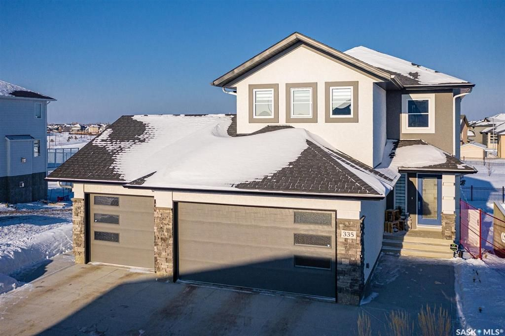 Main Photo: 335 Flynn Manor in Saskatoon: Rosewood Residential for sale : MLS®# SK840319