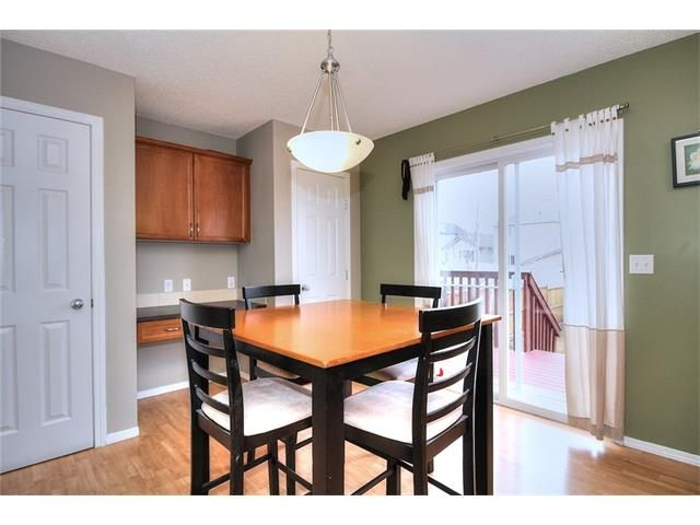 Photo 13: Photos: 527 EVERMEADOW Road SW in Calgary: Evergreen House for sale : MLS®# C4056995
