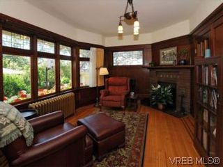 Photo 12: 1010 Craigdarroch Road in VICTORIA: Vi Rockland Single Family Detached for sale (Victoria)  : MLS®# 281757