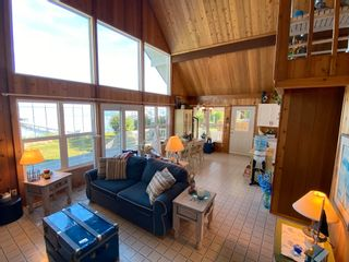 Photo 5: 330 CRYSTAL SPRINGS Close: Rural Wetaskiwin County House for sale : MLS®# E4260907