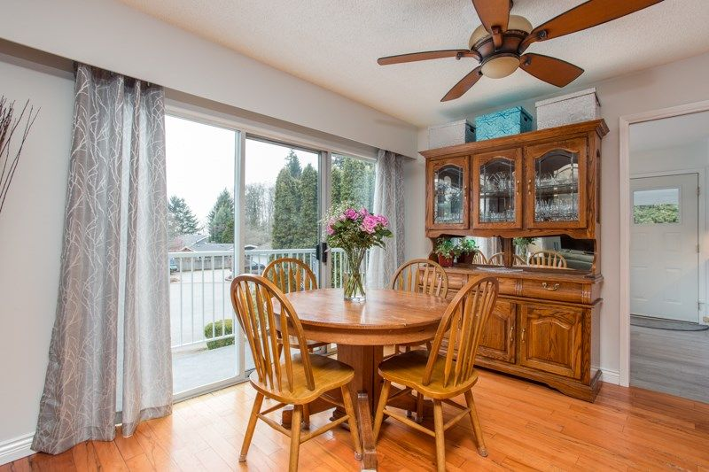 Photo 6: Photos: 1559 134A Street in Surrey: Crescent Bch Ocean Pk. House for sale (South Surrey White Rock)  : MLS®# R2538712