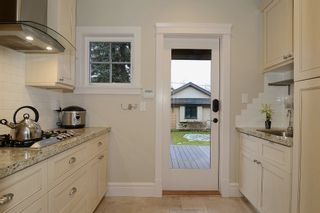 """Photo 4: 855 W 19TH AV in Vancouver: Cambie House for sale in """"DOUGLAS PARK"""" (Vancouver West)  : MLS®# V988760"""