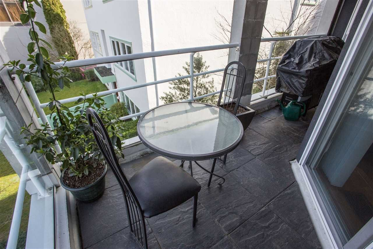 Photo 7: Photos: 2232 YORK Avenue in Vancouver: Kitsilano Townhouse for sale (Vancouver West)  : MLS®# R2255539