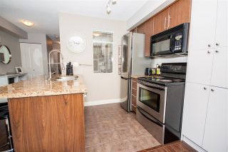 """Photo 5: 208 3250 ST JOHNS Street in Port Moody: Port Moody Centre Condo for sale in """"The Square"""" : MLS®# R2223763"""