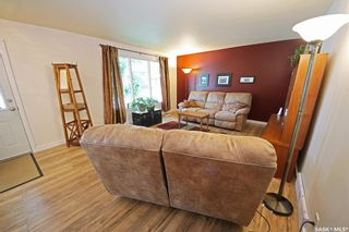 Photo 9: 212 Tremaine Avenue in Regina: Walsh Acres Residential for sale : MLS®# SK858698