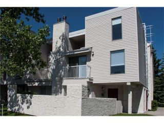 Photo 1: 1306 3500 VARSITY Drive NW in Calgary: Varsity House for sale : MLS®# C4104640