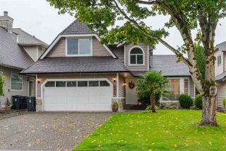 Photo 1: 8683 215 Street in Langley: Walnut Grove House for sale : MLS®# R2507447