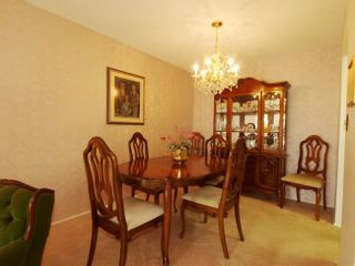 Photo 4: 314 4111 Francis Road in Apple Greene: Home for sale
