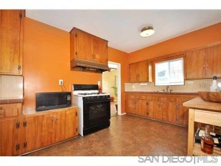 Photo 5: UNIVERSITY HEIGHTS House for rent : 2 bedrooms : 4390 Hamilton St in San Diego