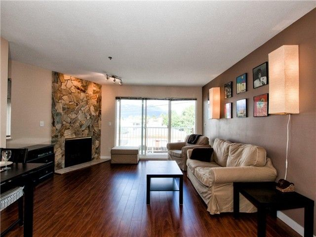 """Main Photo: 203 2295 PANDORA Street in Vancouver: Hastings Condo for sale in """"PANDORA GARDENS"""" (Vancouver East)  : MLS®# V971405"""