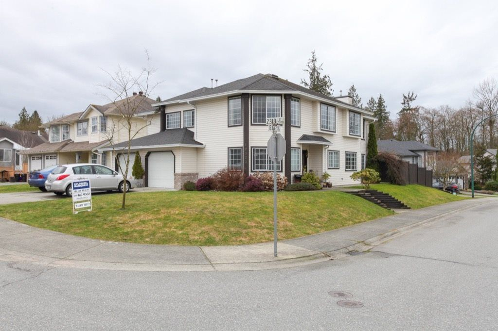 Main Photo: 12323 231B Street in Maple Ridge: East Central House for sale : MLS®# R2146951