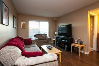 """Photo 3: 107 33960 OLD YALE Road in Abbotsford: Central Abbotsford Condo for sale in """"Old Yale Heights"""" : MLS®# R2130106"""