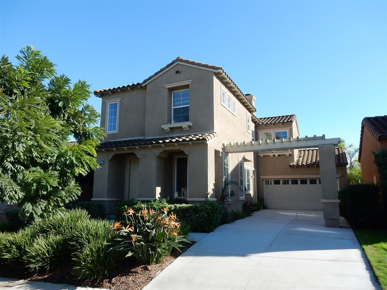 Main Photo: CARMEL VALLEY House for rent : 3 bedrooms : 6621 Rancho Del Acacia in San Diego