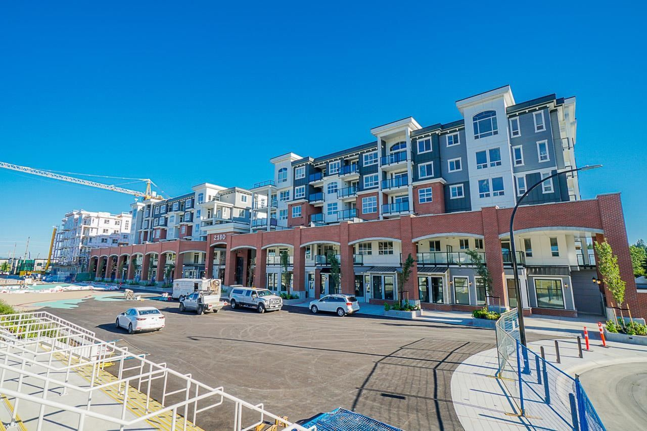 Main Photo: 4221 2180 KELLY Avenue in Port Coquitlam: Central Pt Coquitlam Condo for sale : MLS®# R2614441