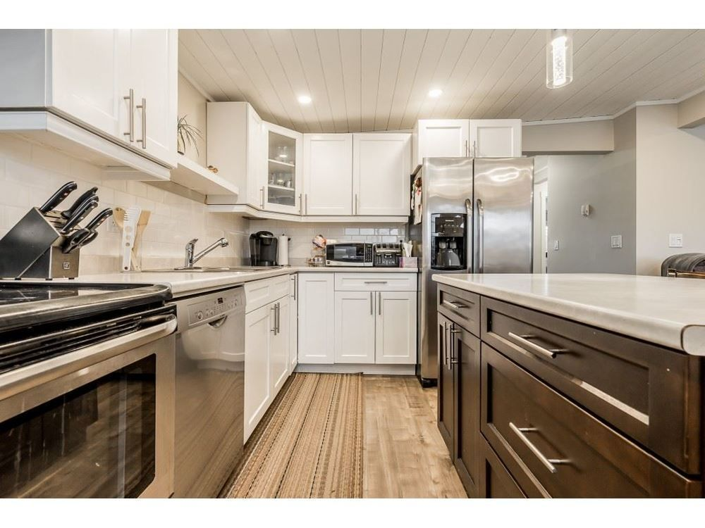 Main Photo: 46505 Chilliwack Central Road in Chilliwack: House for sale