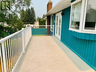 Photo 4: 142 Lodgepole Drive in Hinton: House for sale : MLS®# A1129926