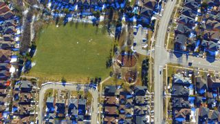 Photo 26: 2445 Sunnyhurst Close in Oakville: River Oaks House (2-Storey) for sale : MLS®# W3712477