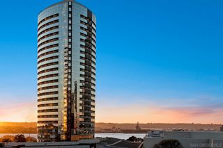 Photo 5: DOWNTOWN Condo for sale : 2 bedrooms : 100 Harbor Dr #704 in San Diego