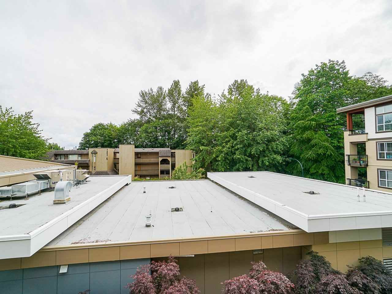 "Photo 29: Photos: 302 3205 MOUNTAIN Highway in North Vancouver: Lynn Valley Condo for sale in ""Mill House"" : MLS®# R2464769"