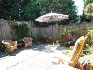 """Photo 10: 2331 MOUNTAIN Highway in North Vancouver: Lynn Valley Townhouse for sale in """"Yorkwood Park"""" : MLS®# V1015049"""
